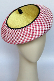 Fashion hat Pas De Deux by Melbourne milliner Louise Macdonald