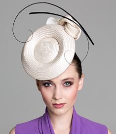 Fashion hat Cream 'Odette' Headpiece, a design by Melbourne milliner Louise Macdonald