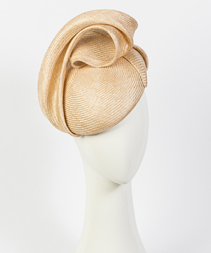 Fashion hat Giulia Beret in Natural, a design by Melbourne milliner Louise Macdonald